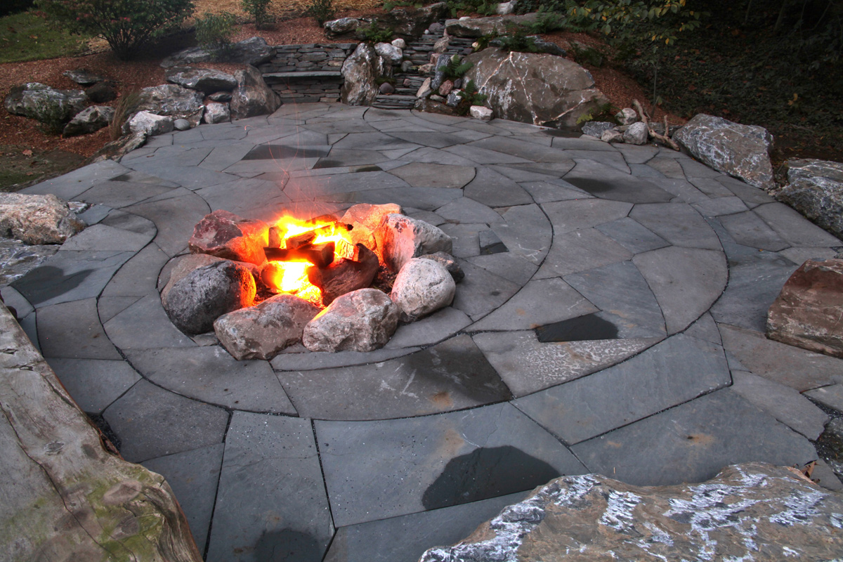 Indian Run Landscaping 187 Natural Flagstone Patio With Fire Pit