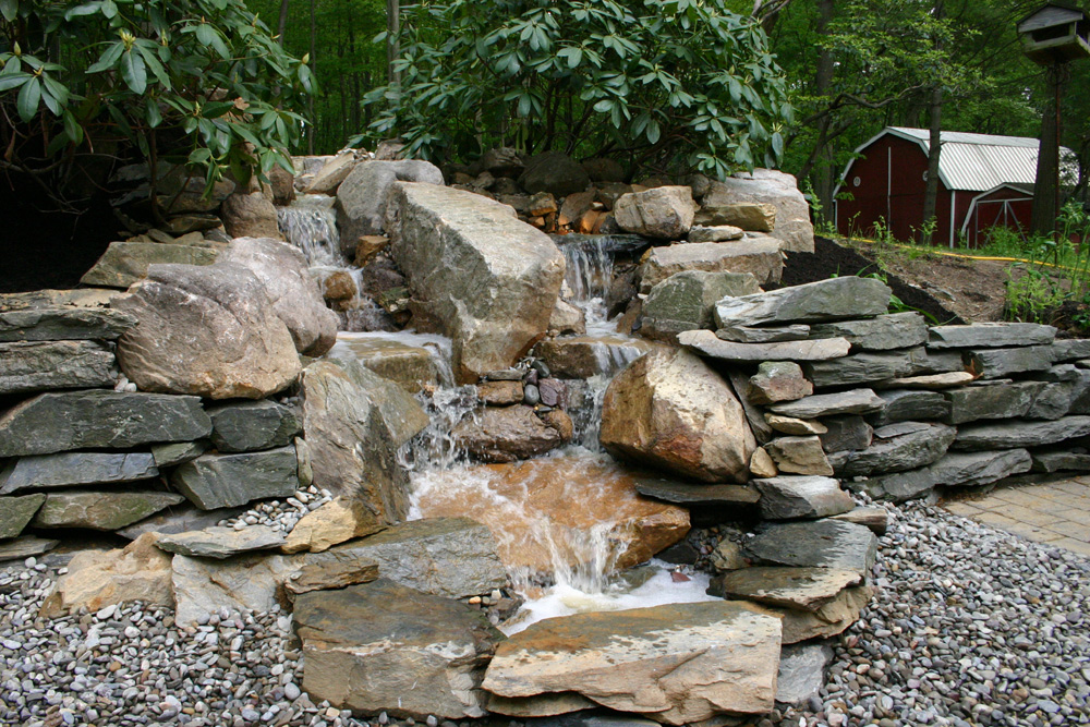 Indian run landscaping photos indian run landscaping for Stone garden waterfall